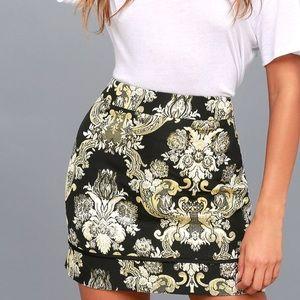 Dione Gold and Black Brocade Mini Skirt NWOT